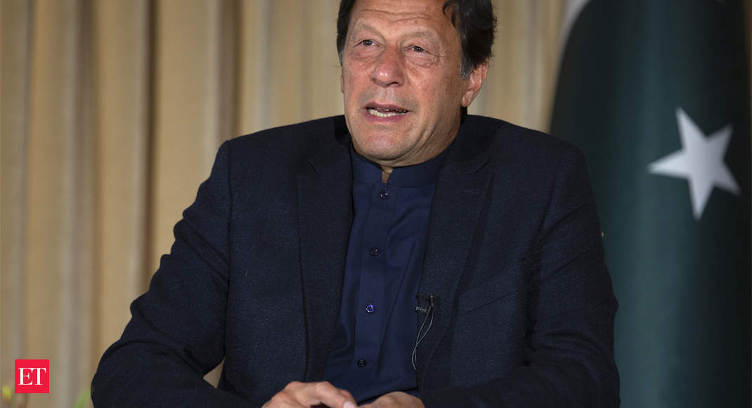 """نواز شریف با هدف قرار دادن نهادهای امنیتی پاکستان ، """"بالاترین خیانت"""" را انجام داد: نخست وزیر عمران خان"""