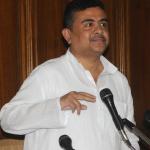 سنگین وزن TMC Suvendu Adhikari از سمت خود به عنوان وزیر حمل و نقل بنگال استعفا داد