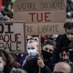 هزاران نفر در حالی که فرانسه از خشونت پلیس می پیچد اعتراض می کنند